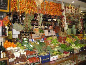 Food, Wine & Brews